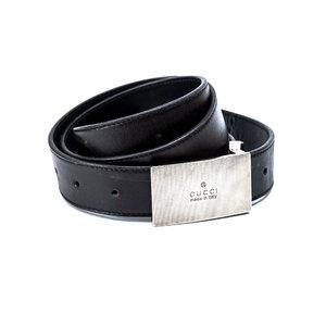 Cinto Gucci em couro preto