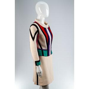 Conjunto Louis Vuitton com Saia em Lã.
