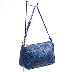Mini Bolsa Prada em Couro Azul Bic