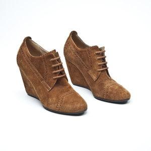 Sapato Balenciaga em camurça