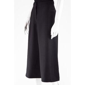 Calça Curta Valentino preta em crepe