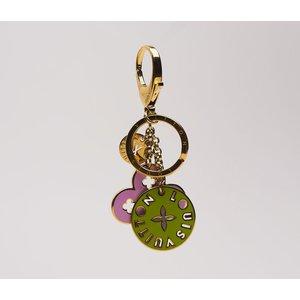 Chaveiro Louis Vuitton colorido verde e rosa