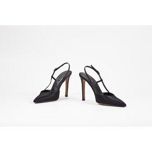 Sapato Sergio Rossi em cetim preto