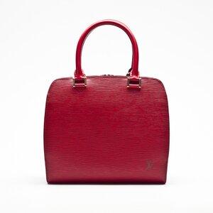 Bolsa Louis Vuitton sablons em couro epi vermelho