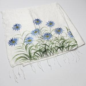 Lenço Shantung de Seda Branca com Flores