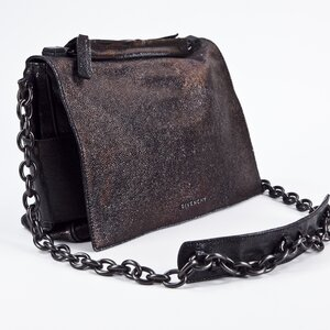 Bolsa Givenchy em couro bronze