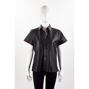Camisa Lica Melzer + Guga Gonçalves em couro preta