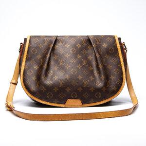 Bolsa Louis Vuitton Menilmontant MM Logomarca