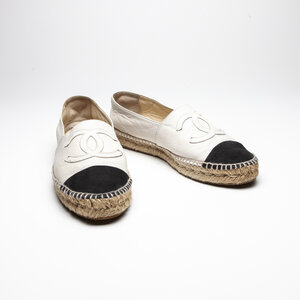 Espadrille Chanel em Couro Off White