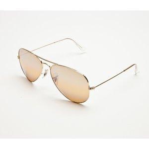 Óculos Ray Ban com dourado