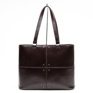 Bolsa Tod's Studded em couro marrom