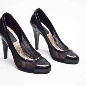 Sapato Chanel em tela e verniz preto