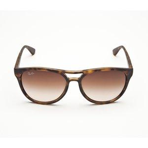 Óculos Ray Ban marrom