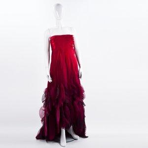 Vestido Oscar de la Renta longo em musseline vermelho