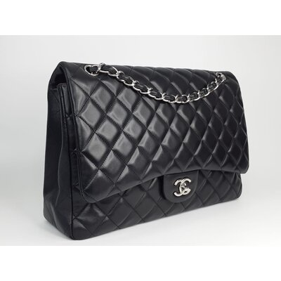 Bolsa Chanel Classic Flap Maxi Lambskin Preta