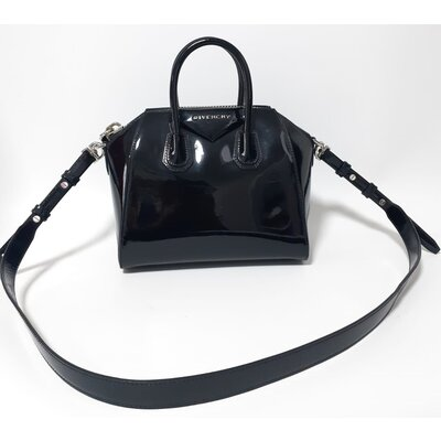 Bolsa Givenchy Mini Antigona Verniz Preta