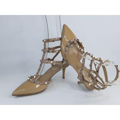 Sapato Valentino Rockstud Bege