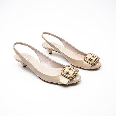 Sapato Miu Miu Verniz Bege