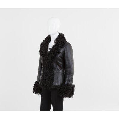 Casaco Sprung preto em couro forrado de pele