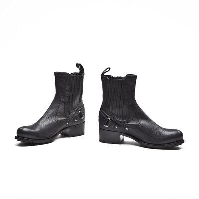 Ankle Boot Dior em couro preta