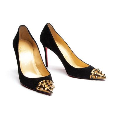 Sapato Louboutin Camurça C/Spikes Preto