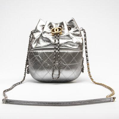 Bolsa Chanel Gabrielle Bucket