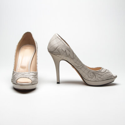Peep Toe Versace em Couro Off White