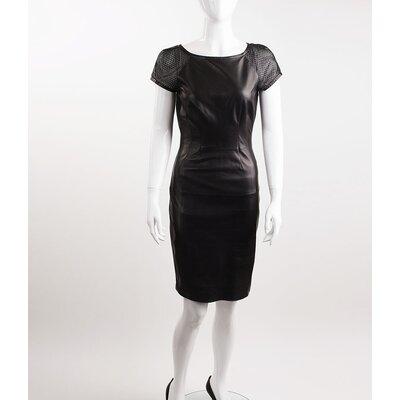 Vestido Gucci em couro preto