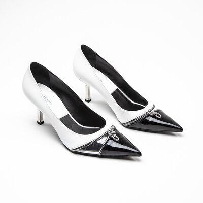 Sapato Michael Kors em couro e verniz B&W