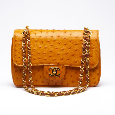 Bolsa Chanel em Avestruz Caramelo
