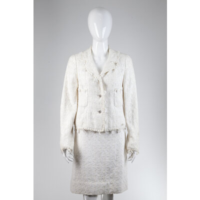 Tailleur Chanel em Tweed Off White