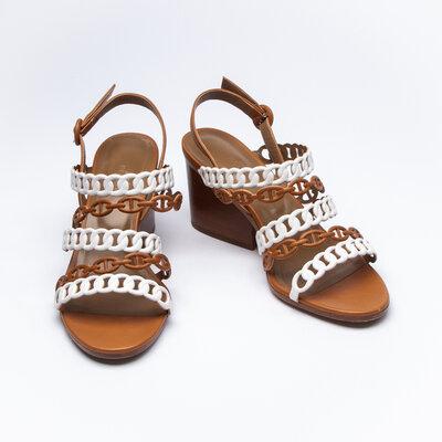 Sandália Hermès em Couro Caramelo e Branco