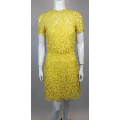 Vestido Valentino em Renda Amarelo