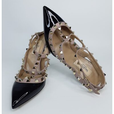 Sapato Valentino Rockstuds Verniz Preto