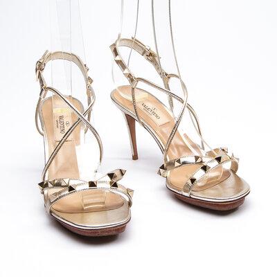 Sandália Valentino Rockstuds Dourada