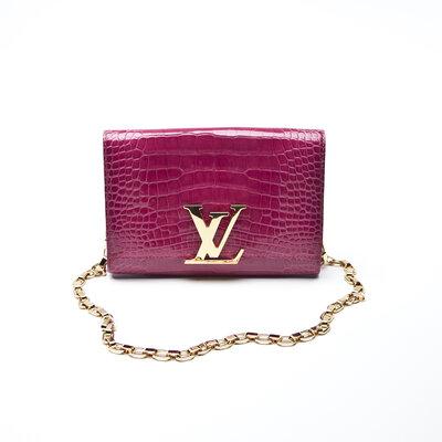 Clutch Louis Vuitton em Crocodilo pink