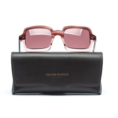 Óculos Oliver Peoples na Cor rosa
