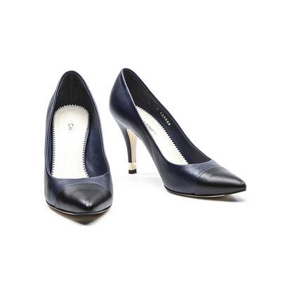Sapato Chanel em Couro Azul Marinho e Preto