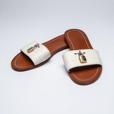 Rasteirinha Louis Vuitton em couro branca