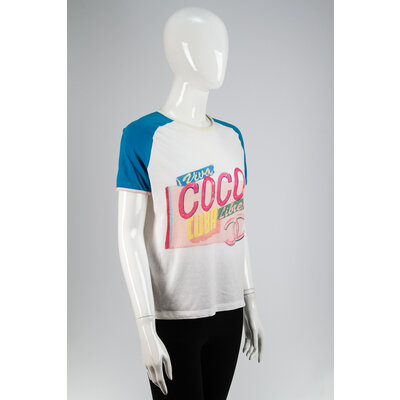 T-Shirt Chanel Coco Branca com Azul