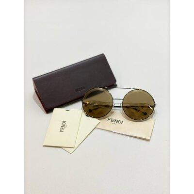 Óculos Fendi Dourado Monograma