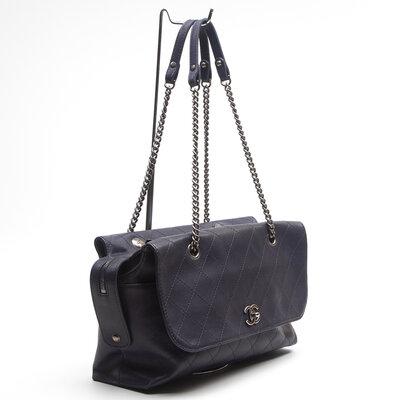 Bolsa Chanel Ritz Flap em Couro Azul Marinho