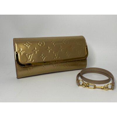 Bolsa Louis Vuitton Rossmore MM Verniz Dourado