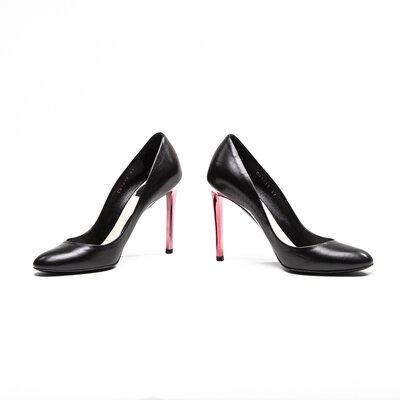 Sapato Dior em couro preto