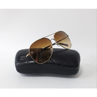 Óculos Chanel Aviador Marrom