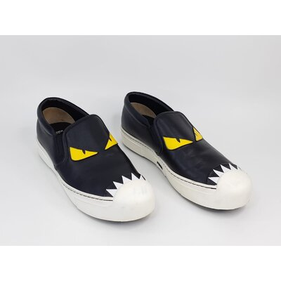 Loafers Fendi Couro Preto e Branco