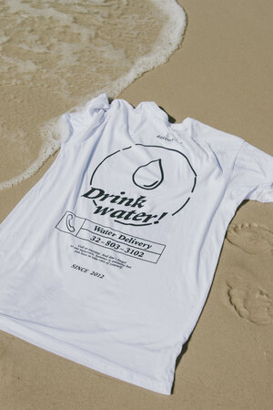 CAMISETA DRINK WATER