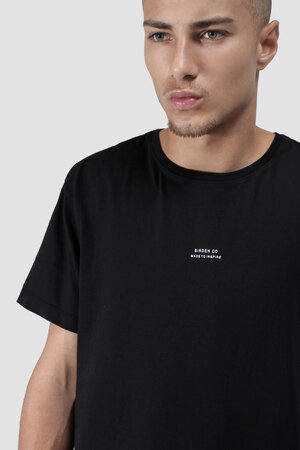 CAMISETA DAILY BLACK