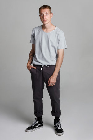 CAMISETA WASHED CLOUDY ESSENTIAL