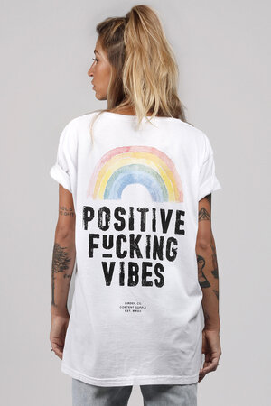 CAMISETÃO ANTI BAD VIBES